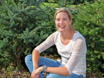 Verena Dünnebacke, Betreiberin einer Tannenbaumplantage im Sauerland, Deutschland - 415, 820 Vario