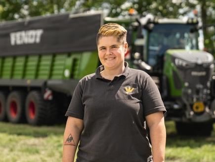 Nadine Lieker, agro-entrepreneuse, Trebel en Basse-Saxe- Fendt 724 Vario, 820 Vario, 939 Vario